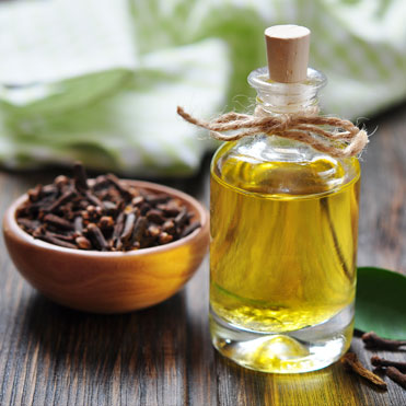 Clove Bud OilEugenia CaryophyllusStimulating • Antispasmodic • Antiseptic • Anti-inflammatory • Warming • Comforting