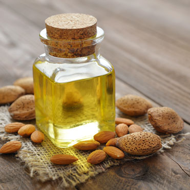 Sweet Almond OilPrunus DulcisExcellent source of vitamin E • Suitable for most skin types including, dry and irritated skins • Helps build strong, healthy nails and hair